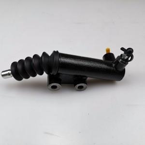 SAIC MAXUS V80  Clutch slave cylinder C00002561