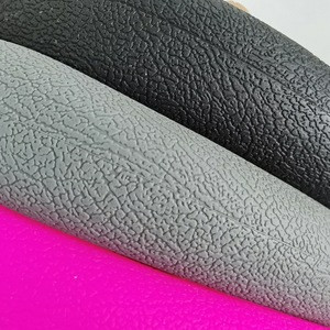 Car steering wheel covers The silicone material is environmentally friendly, waterproof, anti-skid, washable and durable
