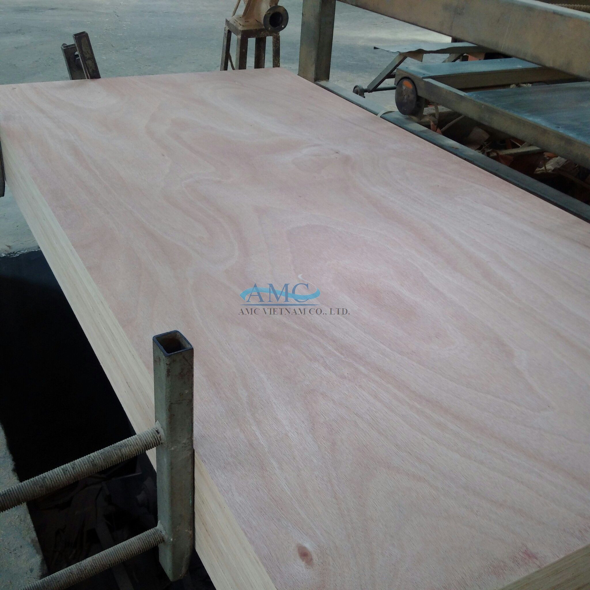 FURNITURE PLYWOOD FROM AMC VIETNAM