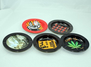High quality new arrival metal tinplate ashtray factory from China
