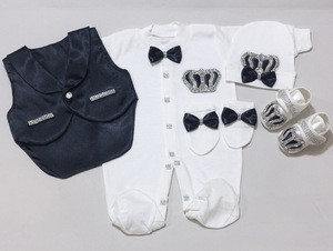 Jewel Crowned Vested New Born 5 Pieces Baby Clothing Set