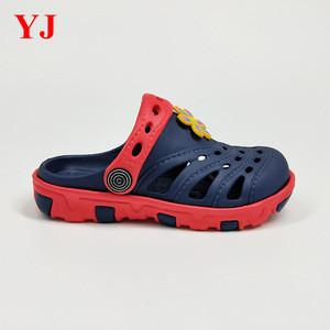 2018 hotsale latest design cute kids colorful clog two color slipper