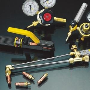 Screw Jacks With Car Repair Tools