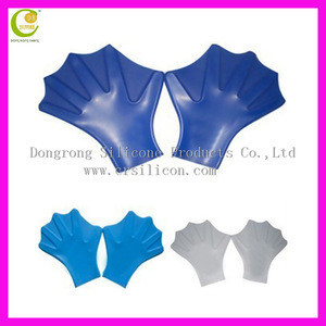 Wholesale factory hot selling 2 sizes silicone gloves swim palm,diving summer silicone swimming gloves,swimming equipment