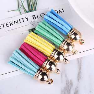 Wholesale Gifts and Crafts 3-4 mm Colorful Leather Suede Tassel Keychains Girls Key Chain