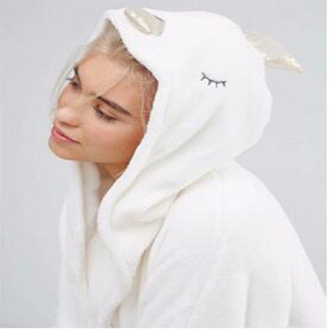 Luxury Soft Quickly Dry 100% Polyester Coral Fleece Custom Made Heated Bathrobe Hooded Sleepwear