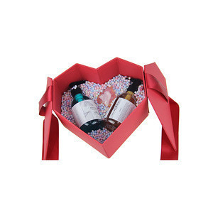 Romantic Heart Shape Box Packing Shampoo Shower Gel Bath Gift Set