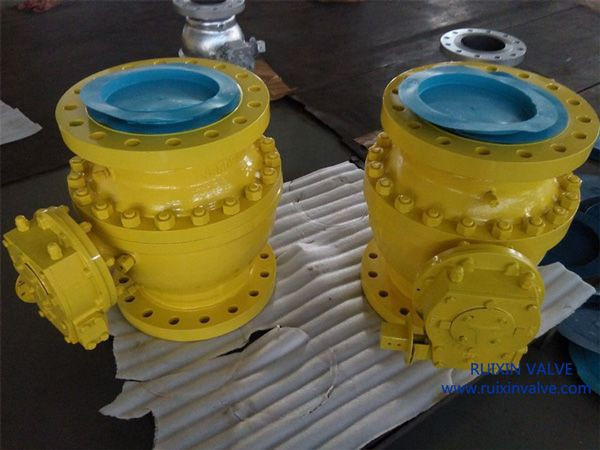2 PC API6D TRUNNION MOUNTED BALL VALVE CAST STEEL
