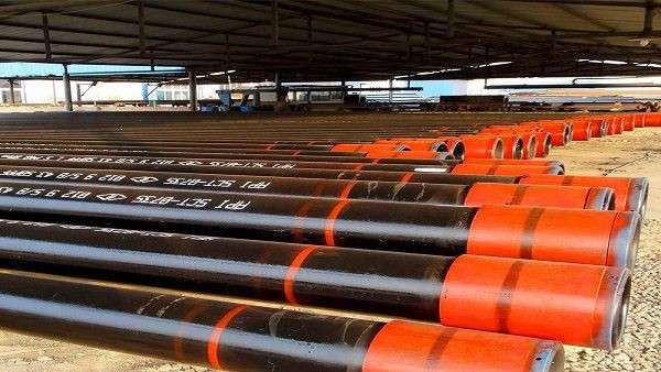 API 5CT casing pipe price list Seamless Carbon steel pipe used oilfield with male and female thread