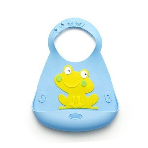 FDA Approved Customised Silicone Waterproof Baby Bib With  Silicone Spoon