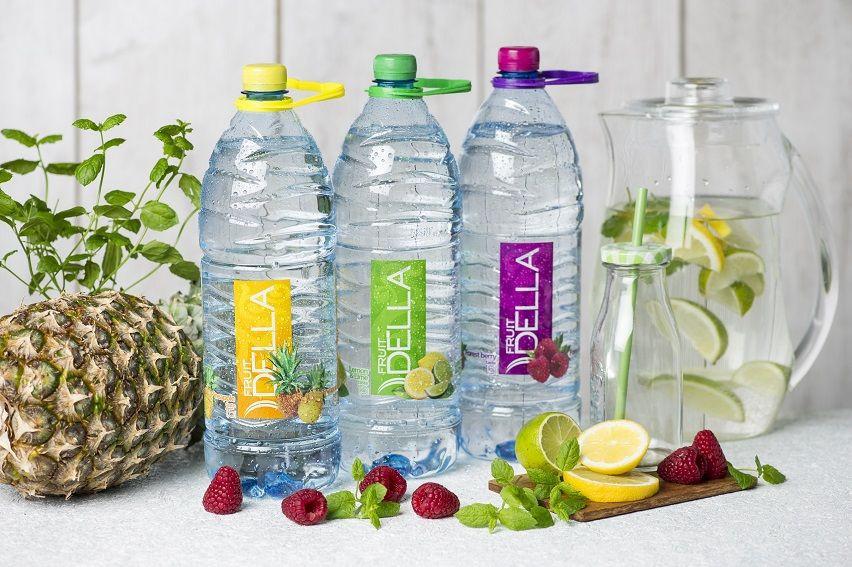 Soft drink DELLA LEMON LIME 500ML STILL/SPARKLING PINEAPPLE BERRIES