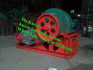 Waste wood grinder machine / wood into sawdust machine / wood hammer crusher