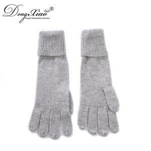 Customized design hand gloves woollen manufacturers in china