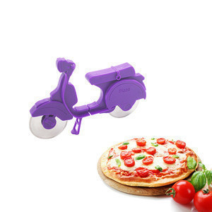 Creative Motorcycle Shaped Pizza Wheel Cutter For Pizza Tools
