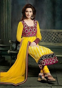 Ethnic Costumes and Clothing for Theater, Cinema, show, ceremony ...
