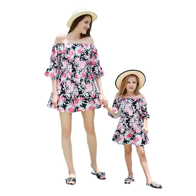 Wholesale Summer Vacation Floral Print Mother And Daughter Matching Outfits