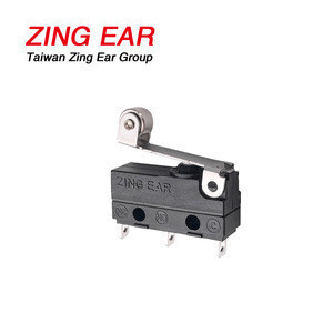 Zingear 5A 125V Ip67 Waterproof Micro Switch  Solder Terminals Roller Handle Micro Switch