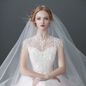 Simple white fluffy widened long trailing bridal wedding veil double layer cover hard yarn styling veil