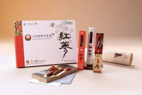 HONEY GLAZED RED GINSENG WHOLE ROOT