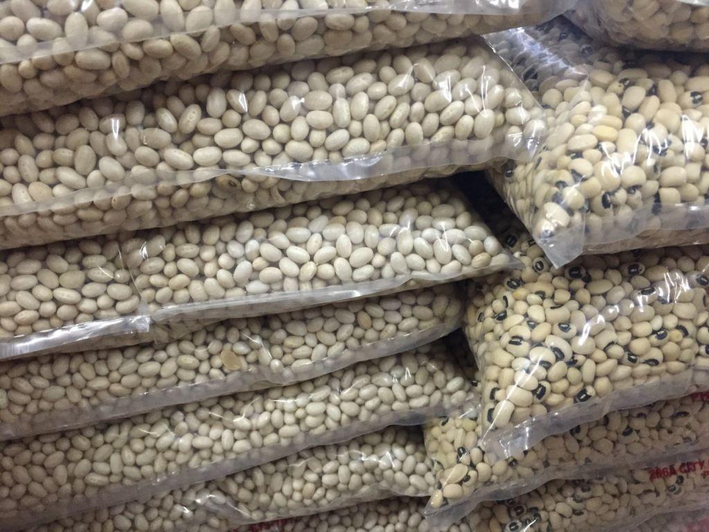 Black eye bean/white cowpea bean