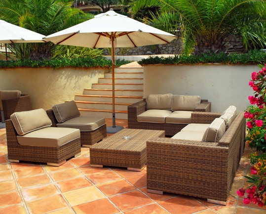 2021 DESIGN RATTAN WICKER SOFA SET TABLE CHAIR OUTDOOR FURNITURE WHOLESALE PRICE FROM VIETNAM