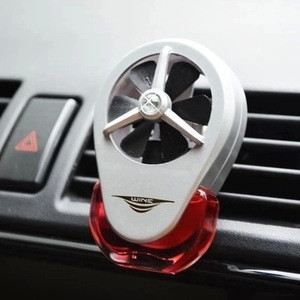 Crystal Bottle Car perfume seat vehicle incense seat Car perfume holder decorate Car air Freshener