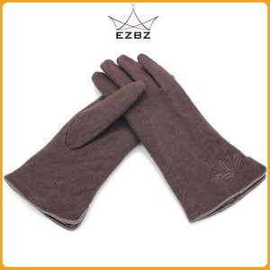 Fashion Women Cashmere Brown Cheap Touch Screen Wool Gloves with a Cute Flower on the Back