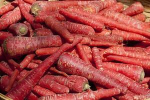 Fresh Red Carrot price , Pakistan fresh carrot , New Crop Fresh Natural Cheap Carrot Exporter Grower Vegetable