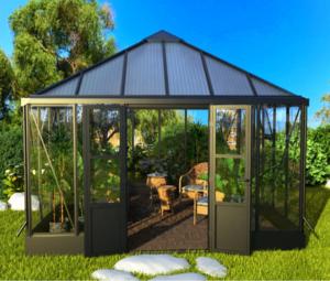 Deluxe Winter House & Sunroom