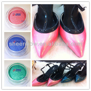 Pearlescent pigment for shoes material