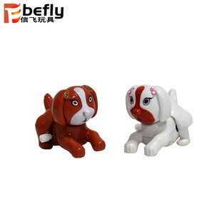 Shantou Factory small plastic wind up toy dog for kid