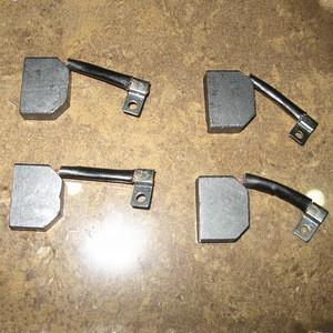 Starter carbon brush for truck 0001518914,0001517614,5000242588,240477,313201,273516,6212707,79052257,Ready in stock