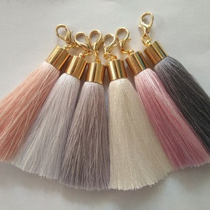 CoolWin wholesale 6cm silk tassel with metal cap and lobster clasp keychain