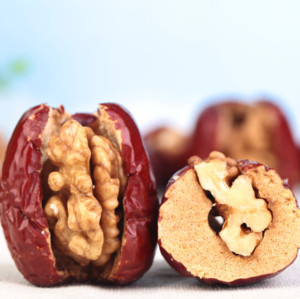 New snack for sale  walnut kernel with red jujube/Red jujube with walnut kernel/Chinese red dates in jujube without core