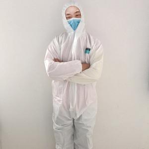 White Disposable Non Woven Acid Resistant Dental Uniform