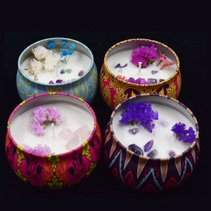 Wholesale high quality dried flower crystal soy wax scented candles for home decor wedding party atmosphere