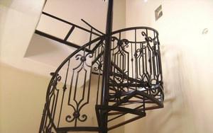 Low price courtyard staircase wrought iron balustrade