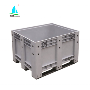 Plastic pallet container bin Box equipment With lid drain valve wheels For Liquid oil Acidic alkaline chemicals transport use