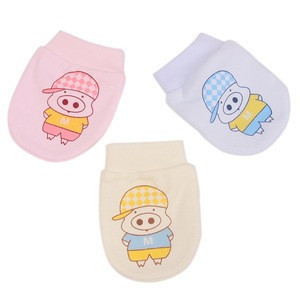 Soft and Sustainable Quality Baby Mitten Gloves at Competitive Rate