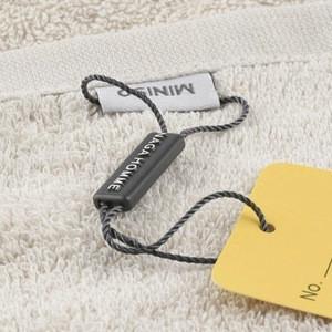 Custom Design Plastic Clothing Garment Seal String Hang Tag