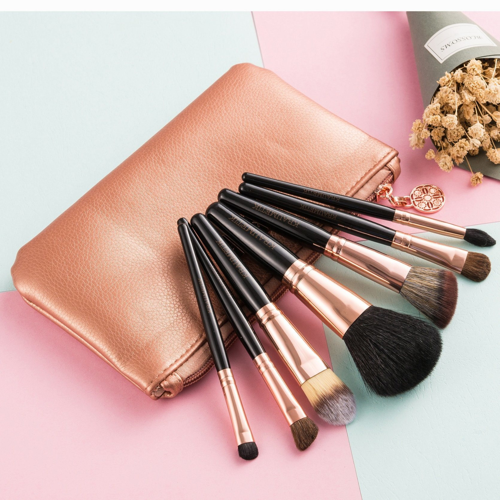 High Quality Makeup Brush Cosmetic Brush with Zipper Pouch