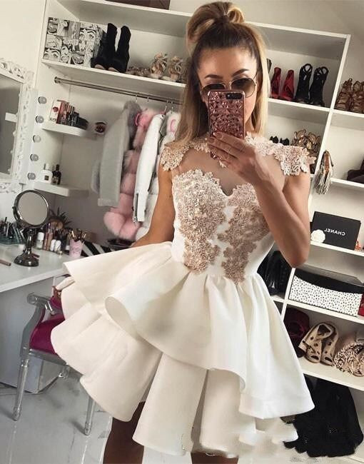 A-Line Short Homecoming Dress With Appliques Sexy Sheer Back Zipper Mini Party Dress Cocktail Dress Club Wear Cheap Mini Evening Gown