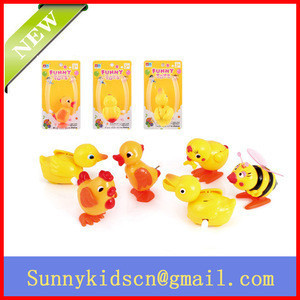 Cute hot selling wind up toy wind up bee wind up duck wind up chick