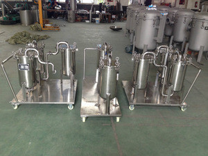 Stainless steel water filtration system for farm irrigation system
