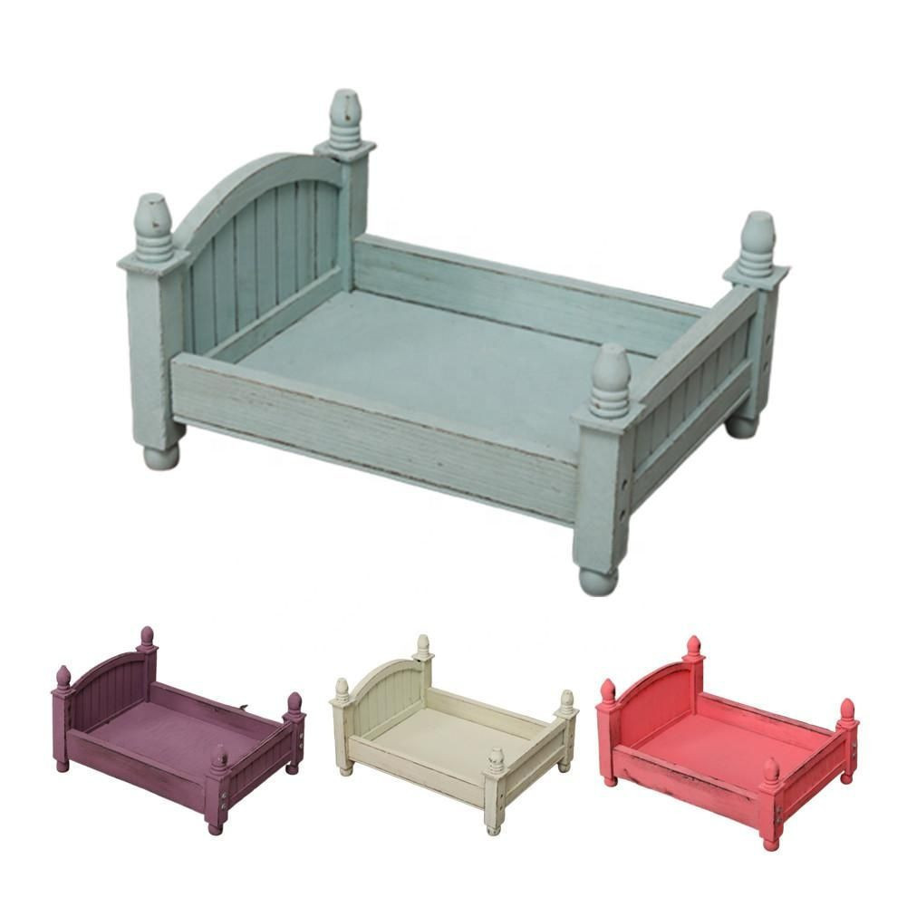 Friendly Materials Crib for Baby