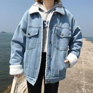 Fashion denim jacket with fur collar women winter coat wholesale