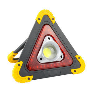 20W Portable Outdoor Waterproof Triangle Emergency Lights For Car Repairing and Roadside Assistance