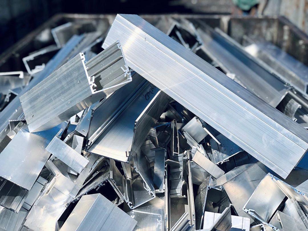 Aluminium Scrap 99% for sale