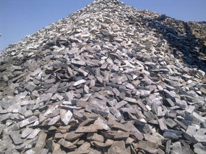 Pig iron for steelmaking or casting