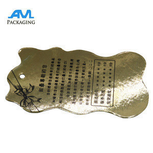 China new design recycled debossed shoes hangtag clothing hang tag printing with string